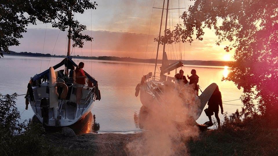 Jak spakować się na obóz żeglarski?